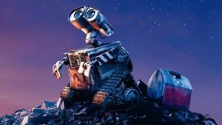 """""""WALL-E"""" (2008) đã dạy cho mỗi người biết được rằng Trái Đất chính là ngôi nhà yêu dấu mà ai ai trong chúng ta cũng nên quan tâm, bảo vệ. Mẹ thiên nhiên không mãi trường tồn, bất diệt mà hoàn toàn có thể quay lưng với loài người nếu chúng ta cứ tiếp tục tàn phá, lãng phí những gì đang có."""