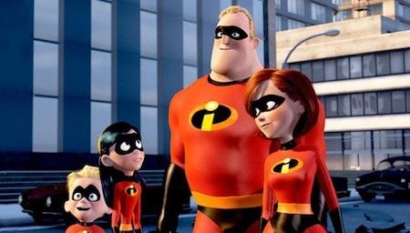 """Bộ phim """"The incredibles"""" (2004) đã chinh phục hoàn toàn khán giả nhờ nội dung kịch bản hài hước, ấn tượng mà không kém phần sâu sắc. Có những thời điểm, các siêu anh hùng đã rất tuyệt vọng vì phải che giấu khả năng của mình nhưng rồi tất cả đã hiểu ra rằng, mỗi người sẽ không còn là chính mình nếu không được sống đúng khả năng."""