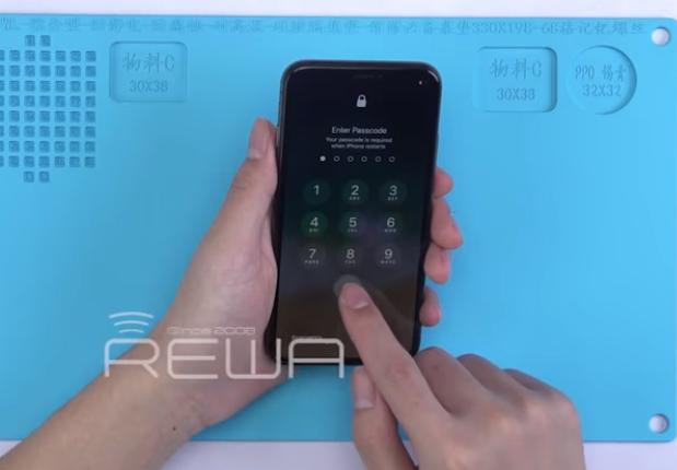 iPhone X được thay màn hình nhìn không khác gì so với nguyên bản, nhưng chất lượng lại tệ hơn rất nhiều.