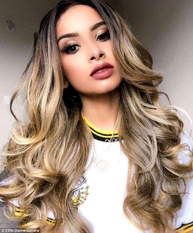 Người mẫu - blogger thời trang nổi tiếng tại Brazil - cô Nara Almeida (24 tuổi)