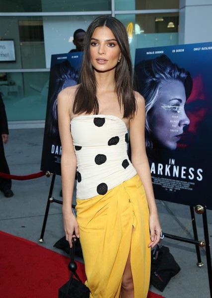 Mong muốn lớn nhất của Emily Ratajkowski là được ghi nhận là 1 diễn viên có tài