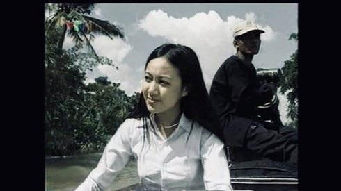 Hoài Anh phải thực hiện nhiều cảnh quay trên sông nước.