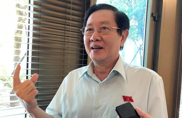 Ông Lê Vĩnh Tân - Bộ trưởng Bộ Nội vụ trao đổi với báo chí về chính sách trọng dụng nhân tài