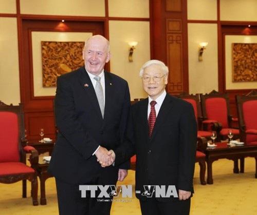Tổng Bí thư Nguyễn Phú Trọng tiếp Toàn quyền Peter Cosgrove (ảnh: TTXVN)