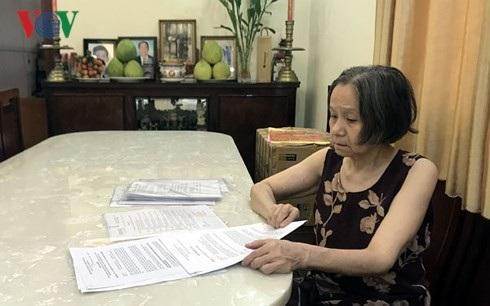 Bà Trần Thị Ngọc Nga làm đơn xin xem xét kháng nghị bản án phúc thẩm.