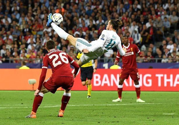Bale ghi siêu phẩm xe đạp chổng ngược ở chung kết Champions League