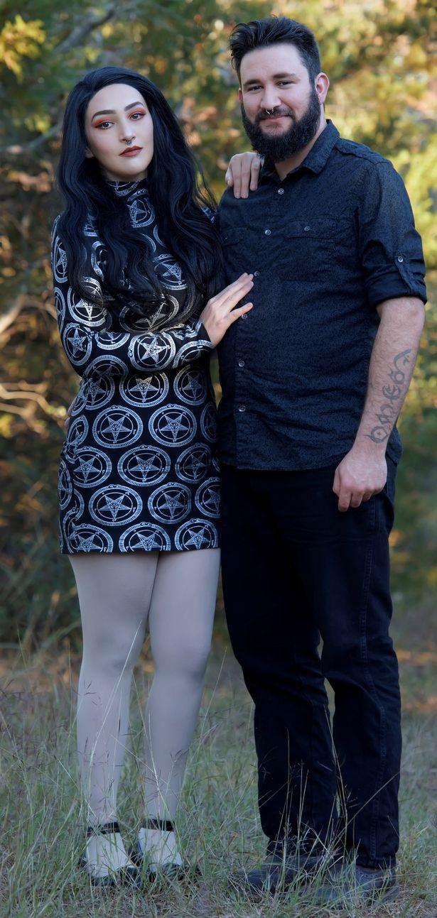 Bà mẹ giảm hơn 64 kg, trở thành người mẫu sau 6 lần sảy thai vì quá béo - 5