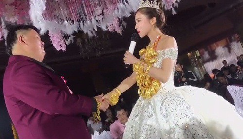 Đám cưới ngập vàng ở Trung Quốc gây xôn xao dư luận - 5