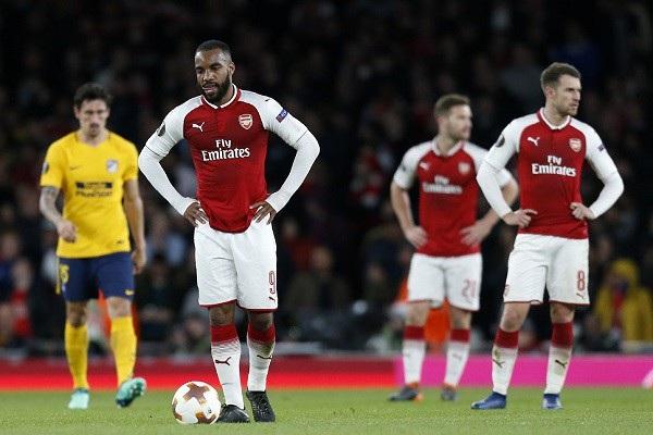 Arsenal đánh rơi lợi thế quá lớn ở lượt đi bán kết Europa League
