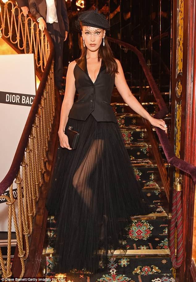 Bella Hadid quyến rũ dự tiệc thời trang diễn ra ở London ngày 39/5 vừa qua