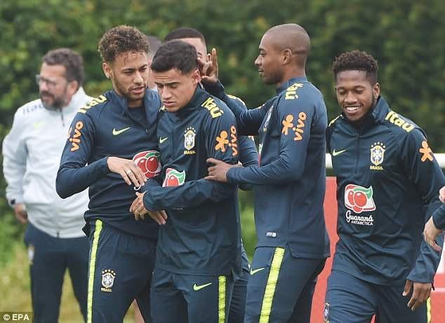 Gạt nỗi buồn ở Champions League, sao Liverpool hội quân chuẩn bị World Cup - 9