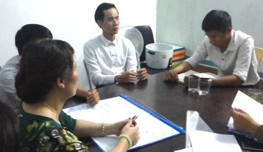 Công an Đà Nẵng phát hiện một nhóm truyền đạo Hội thánh Đức Chúa Trời ở phường Hòa Khánh Nam, quận Liên Chiểu (ảnh: Công an cung cấp)