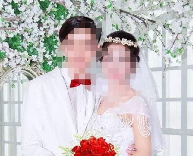 Hình của cô dâu nhí và chú rể.