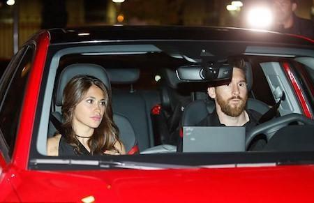 Messi dẫn đầu dàn sao đi ăn tiệc mừng công