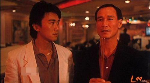 Ông hợp tác với vô số ngôi sao thời hoàng kim của điện ảnh Hong Kong bằng hình tượng giang hồ lạnh lùng nhưng nghĩa khí