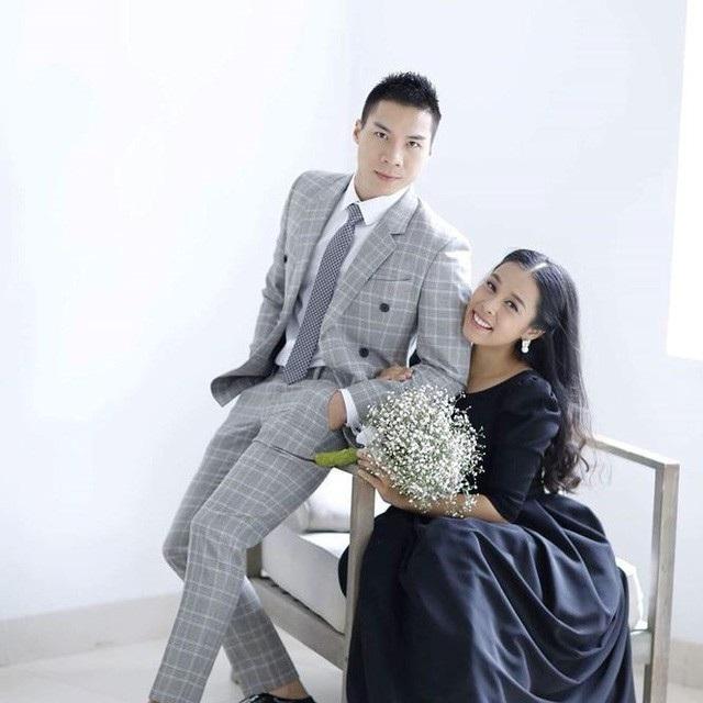Quốc Nghiệp và Ngọc Mai chính thức kết hôn năm 2015 nhưng chưa hề làm đám cưới.