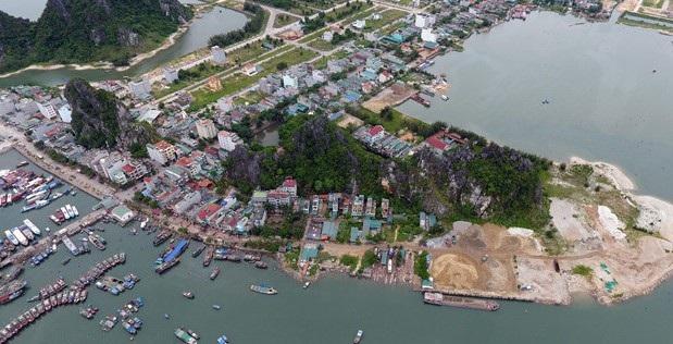 Địa bàn huyện Vân Đồn có nhiều biến động, diễn biến phức tạp, đặc biệt là từ cuối tháng 3/2018 đến nay.