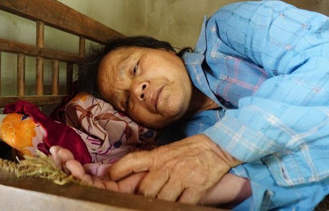 Ngoài bệnh ung thư, bà Xuân còn bị bệnh tiểu đường, viêm cầu thận