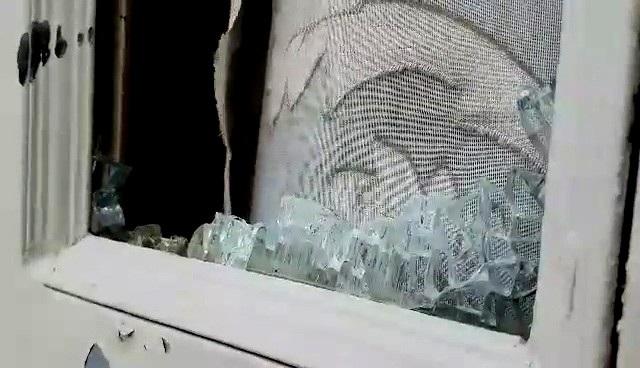 Công an vào cuộc vụ côn đồ đập phá nhà cửa của cụ bà 72 tuổi ngay tại TP HCM! - 2