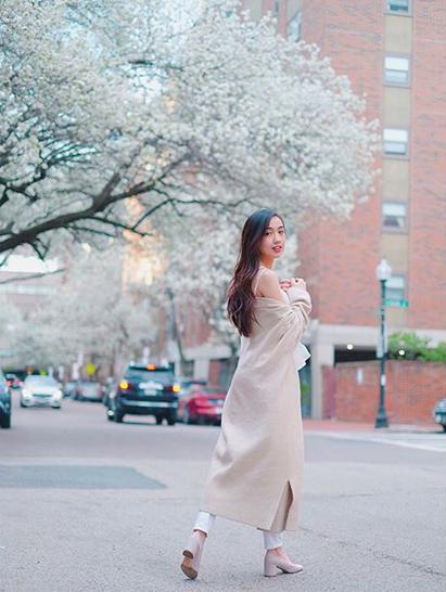 Mie Nguyễn - Hot girl Việt tại Mỹ nhận bằng tốt nghiệp loại giỏi - 11