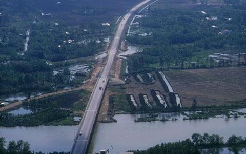 Con đường huyết mạnh Nguyễn Văn Linh, khai phá tiềm năng của khu Nam TPHCM