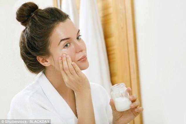 Dầu dưỡng da đã nhận được nhiều sự chú ý trong những năm gần đây. Chúng được coi là tốt cho tất cả các loại da - bao gồm cả da nhờn.