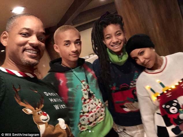 Gia đình hạnh phúc của Will và Jada hiện tại, trong ảnh từ trái sang phải: Will - con trai Jaden - con gái Willow - Jada.