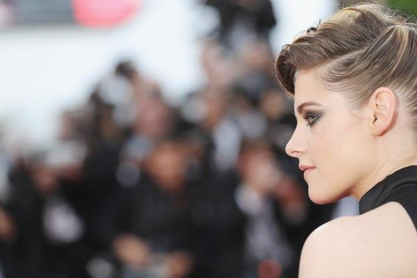 """Kristen Stewart """"chuẩn men"""" dự LHP Cannes - 10"""