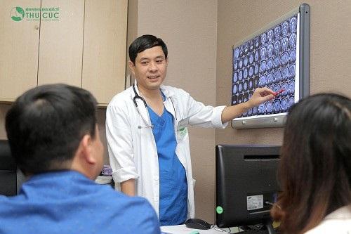 Người bệnh cần đi khám và làm các xét nghiệm chẩn đoán chuyên sâu để chẩn đoán chính xác bệnh