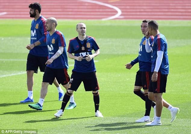 Cuối tuần này, các ngôi sao Real Madrid như Carvajal, Nacho, Isco, Asensio, Vazquez mới tập trung cùng đội tuyển Tây Ban Nha