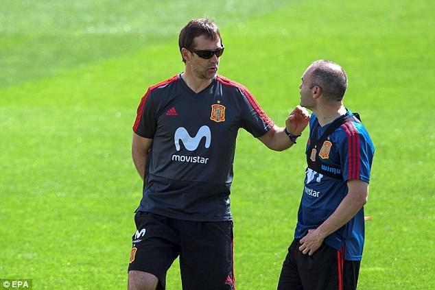 HLV Lopetegui đặt niềm tin lớn vào nhạc trưởng Iniesta ở World Cup 2018
