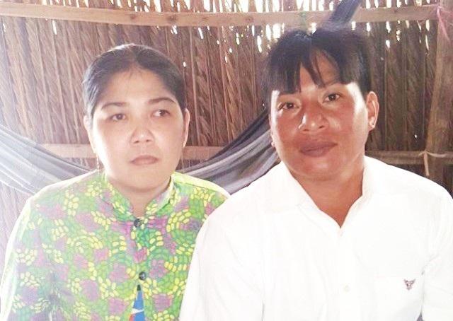 Công dân Lâm Thị Mỹ Châu và vợ hiện nay.