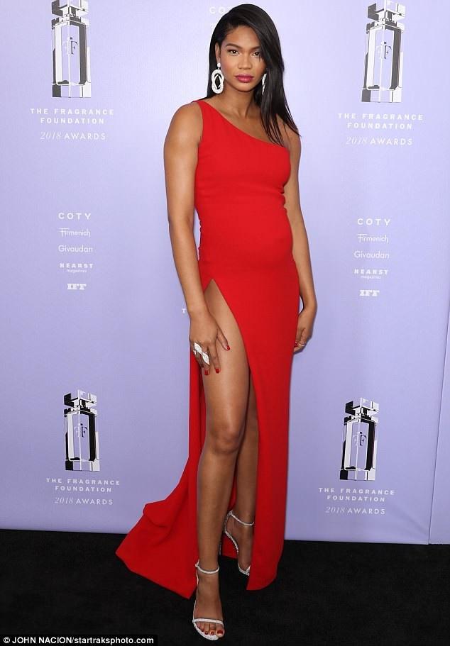 Siêu mẫu Victorias Secret Chanel Iman xuất hiện trong lễ trao giải dành cho các thương hiệu nước hoa diễn ra tại New York ngày 12/6 vừa qua