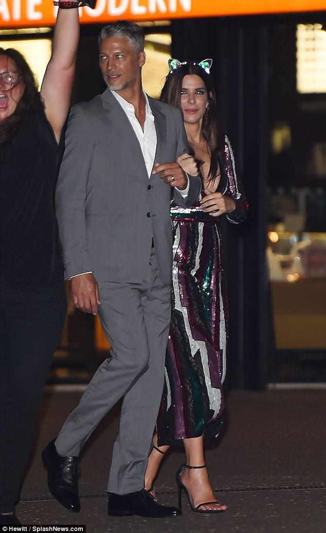 Sandra Bullock và lần hiếm hoi xuất hiện bên bạn trai Bryan Randall