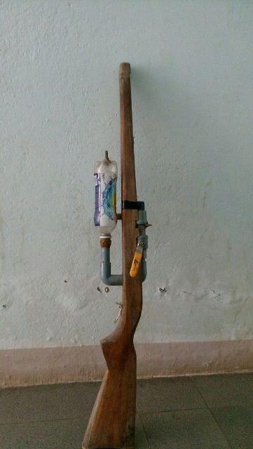 Khẩu súng do em Sỹ tự chế. (Ảnh Công an Quảng Nam)