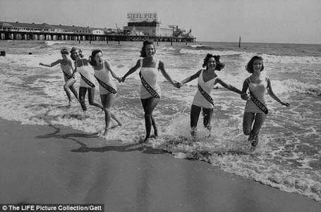Đến năm 1958, cuộc thi Hoa hậu Mỹ đã thu hút rất đông sự quan tâm của người dân Mỹ. Có hàng triệu người theo dõi cuộc thi qua màn ảnh nhỏ.