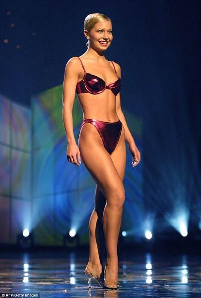 Đến giữa những năm 2000, các thí sinh thi Hoa hậu Mỹ bắt đầu táo bạo hơn với bikini.