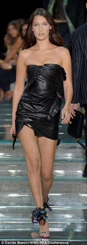 Bella Hadid trình diễn cho nhãn hiệu Versace tại Milan Fashion Week ngày 16/6 vừa qua