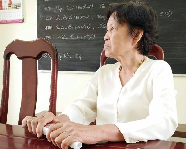 Bà Lê Hồng Thắm mòn mỏi mấy chục năm đi tìm quyền lợi của mình.