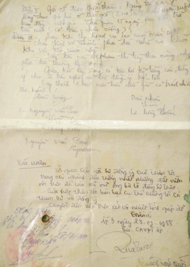 Tờ giao kèo năm 1989 giữa ông Nguyễn Văn Sao và bà Lê Hồng Thấm.