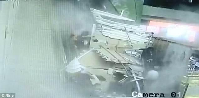 Ít nhất 9 du khách bị thương sau sự cố kể trên