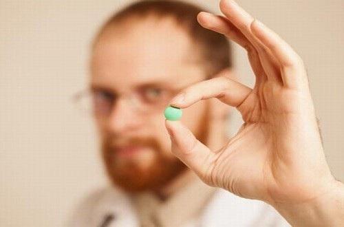 Thói quen quên uống thuốc khiến nhiều người bệnh cao huyết áp gặp nguy cơ biến chứng nguy hiểm