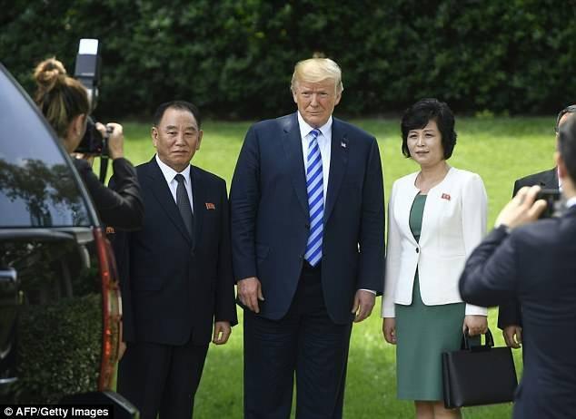 """Ông Kim Yong-chol được xem là """"cánh tay phải"""" của nhà lãnh đạo Kim Jong-un, từng giữ nhiều vị trí quan trọng trong lực lượng tình báo, quân đội và chính quyền Triều Tiên. (Ảnh: AFP)"""