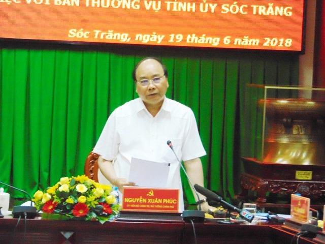 Thủ tướng Nguyễn Xuân Phúc phát biểu chỉ đạo tại buổi làm việc.