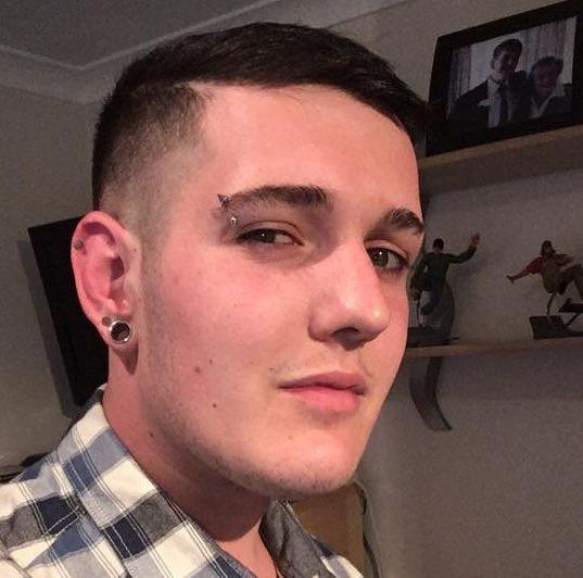 Matthew Kerley bị cấm liên lạc và nói chuyện với gia đình.