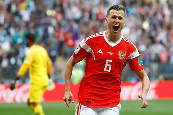 HLV Mourinho muốn có Denis Cheryshev