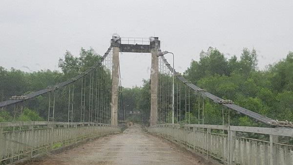 Đường đi vào xã Bình Thành, Thị xã Hương Trà