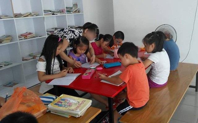 Trẻ luyện chữ trước khi vào lớp 1 (ảnh minh họa)