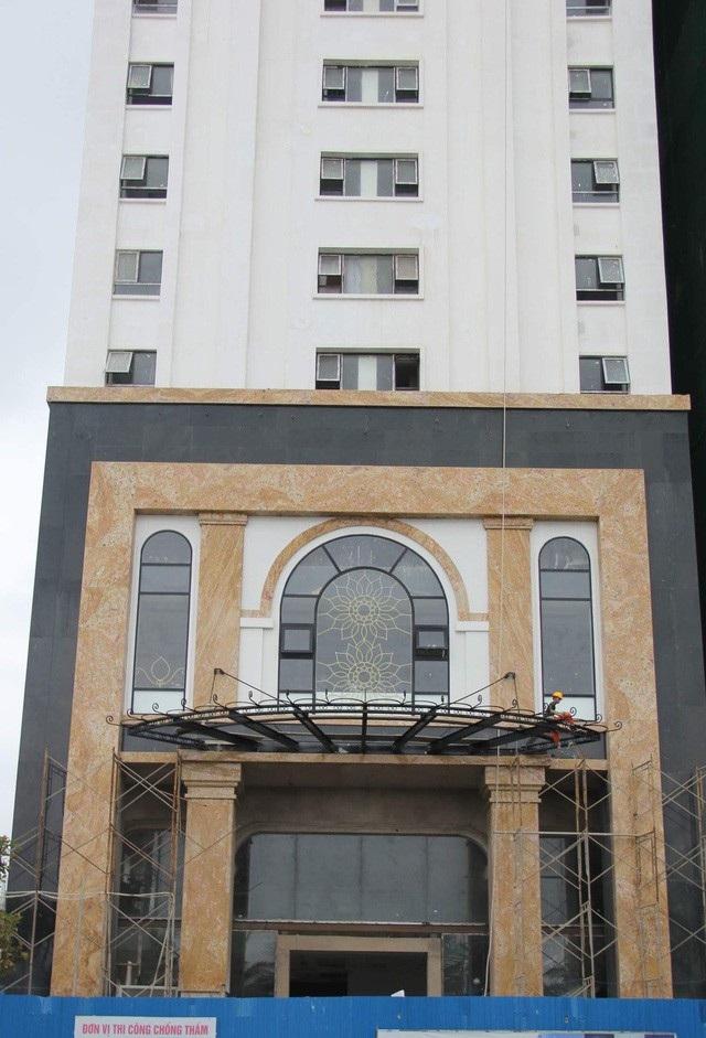 Đà Nẵng quyết xử nghiêm xây dựng trái phép (ảnh: Chính quyền TP Đà Nẵng đã buộc chủ đầu tư công trình KS Eden tháo dỡ 129 phòng lưu trú xây dựng sai phép)