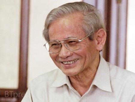 GS Phan Huy Lê - niềm kiêu hãnh của học trò và đồng nghiệp trong nước và quốc tế (Ảnh: Bùi Tuấn)
